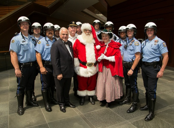 Frank, Santa and Mrs. Claus and Philadelphia Police (2)